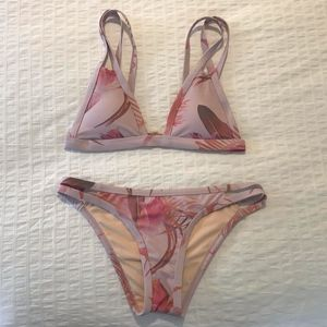 New Without Tags L.A. Hearts Pink Floral Bikini